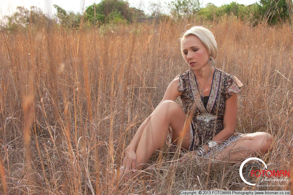 Beautiful blonde fitness model, Country portraiture, Photo shoot, Modeling portfolios, Photography, Best photographers in Gauteng, Johannesburg, Randburg, Roodepoort, Pretoria, Tshwane, James L Dekker FOTOMAN