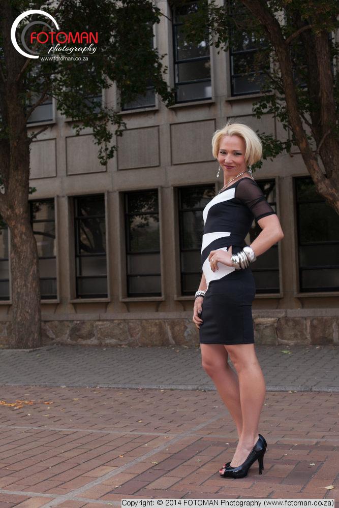 Sexy blond model posing, Modeling portfolios, Portraiture photography, FOTOMAN Studio, West Rand photographer, Gauteng, Johannesburg, Wits University, Location shoot